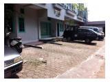 Parkir Mobil Luas